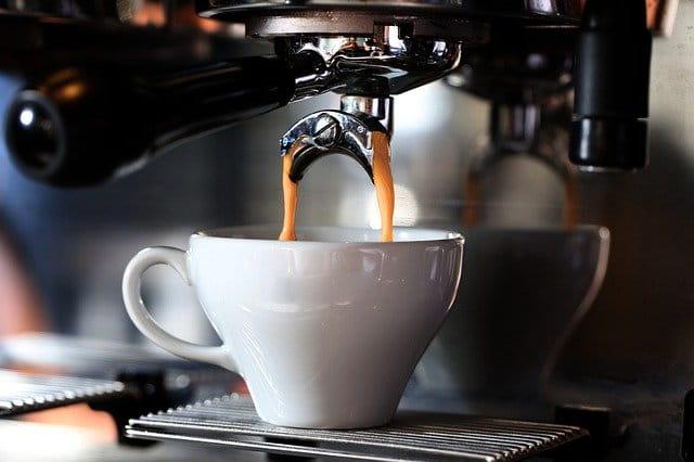 Macchina per caffè espresso: prima di acquistarne una per casa